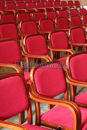 stuehle rot sessel sesseln theater oper