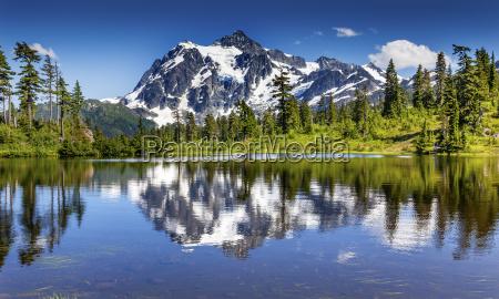 bild lake evergreens mount shuksan washington