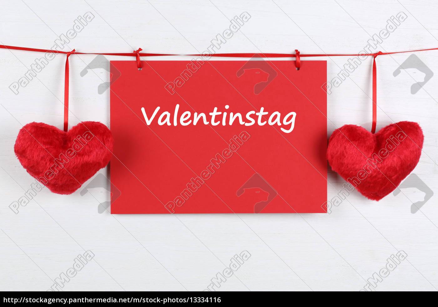 Lizenzfreies Foto 13334116   Karte Zum Valentinstag Mit Textfreiraum Und  Zwei Herzen