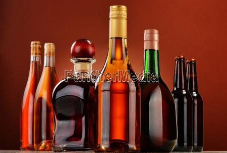 flaschen, sortierte, alkoholische, getränke - 13374410