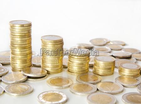 stapel mit euromuenzen