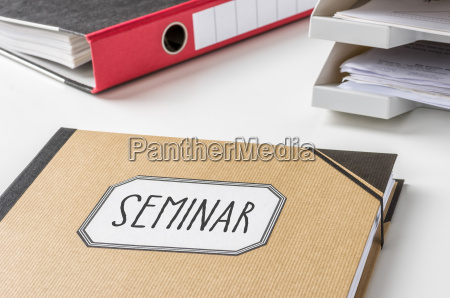 binder labeled seminar