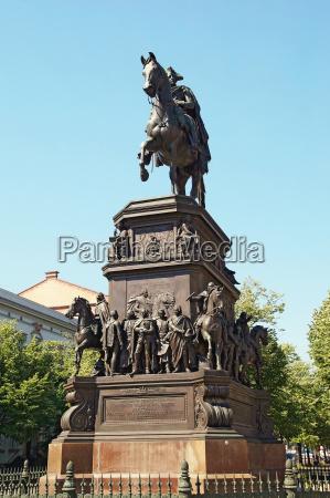equestrian statue friedrich the great berlin