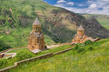 szenisches novarank kloster in armenien beruehmter
