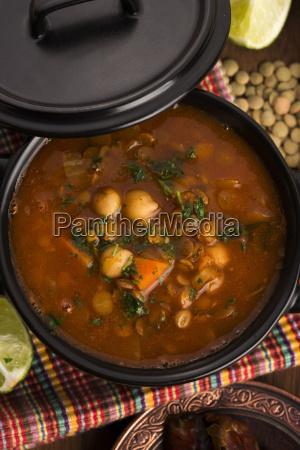 marokkanische traditionelle suppe harira die
