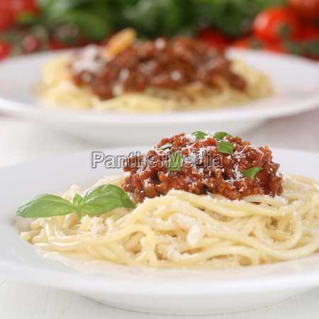 spaghetti pasta pasta with bolognese sauce