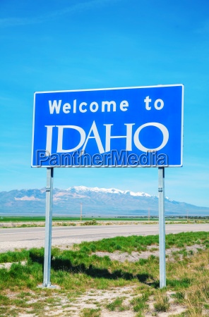 willkommen in idaho sign