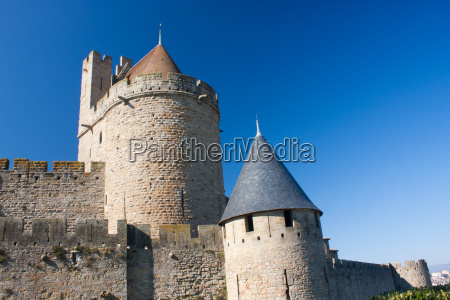 towers in carcassonne
