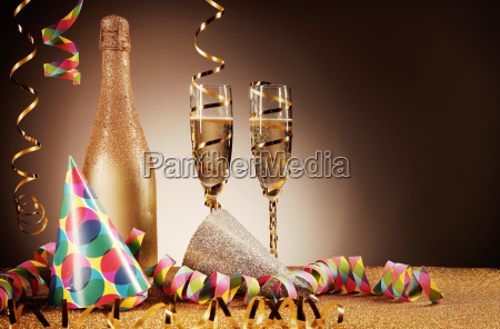party hats wines and streamers on
