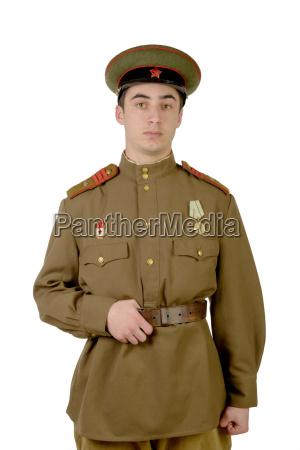 jungen sowjetischen offizier im zweiten weltkrieg