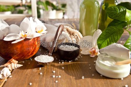 badesalz und andere pflegeprodukte