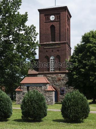 kraenzlin dorfkirche seitlich
