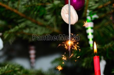 wunderkerze weihnachtsbaum