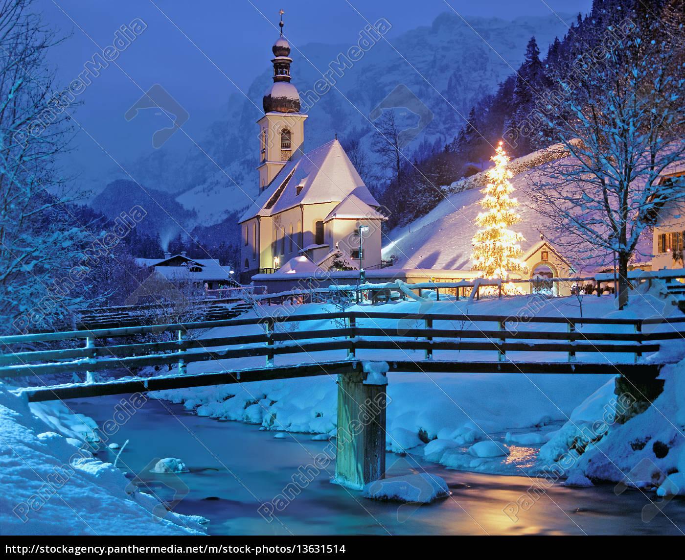 die weihnachtliche kapelle von ramsau berchtesgadener. Black Bedroom Furniture Sets. Home Design Ideas