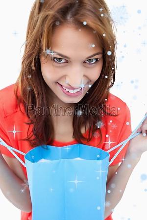 composite bild von teenager laechelnd nach