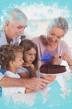 kinder die einen kuchen in der