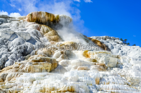 detailansicht von geothermischen land in yellowstone
