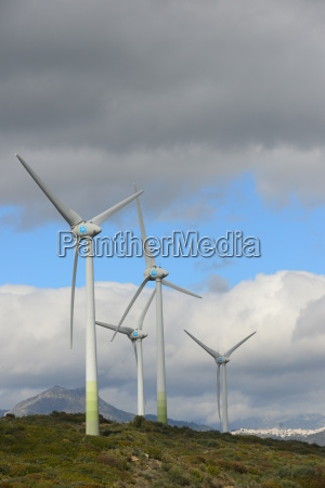 windraeder in spanien windenergie windkraftanlage windgenerator