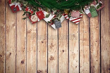 sammensat billede af festlig jul krans