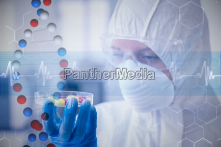 composite bild von wissenschaftler in schutzanzug