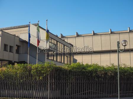 baustil architektur baukunst orientierungspunkt italien gebaeude