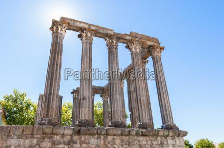 ancient roman temple in evora