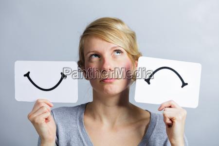 portraet einer person die glueckliche und