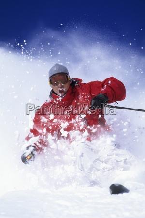 man skifahren in utah an einem