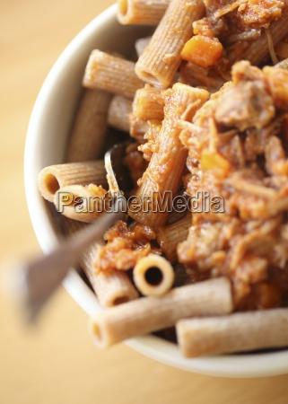 rigatoni pasta mit schweineragu