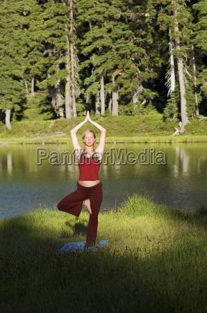 frau gesundheit farbe entspannung weiblich baum