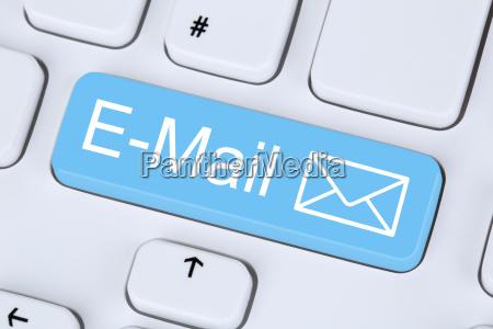 e mail nachricht senden im internet