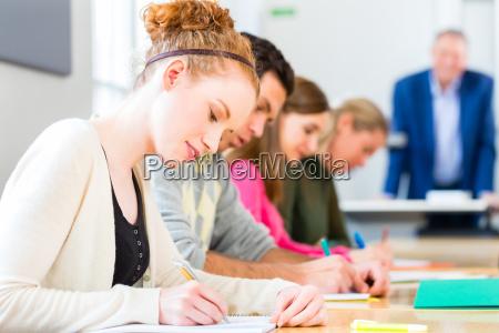 universitaet studenten schreiben test