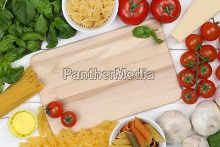 ingredients for a spaghetti pasta pasta