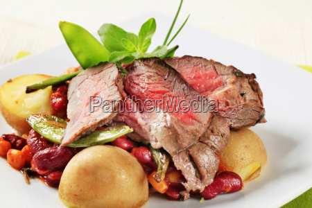 roast beef with red beans and