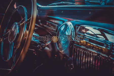 innenraum des alten retro autos vintage