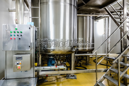wasseraufbereitung oder destillierraum