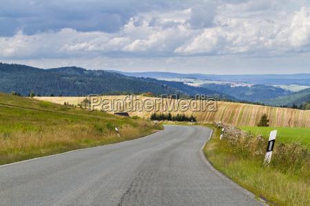 rurale montagne campo estate lontano distanza