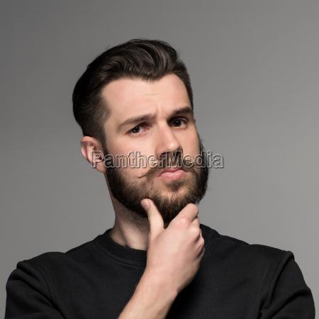 mode portraet der jungen mann in
