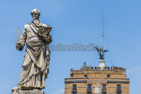 saint paul statue in rome