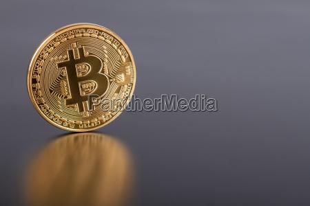 foto golden bitcoin neues virtuelles geld