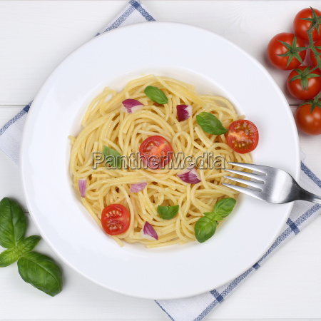 italian food spaghetti with tomato pasta