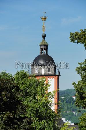 nikolaikirche mit kroenchen in siegen
