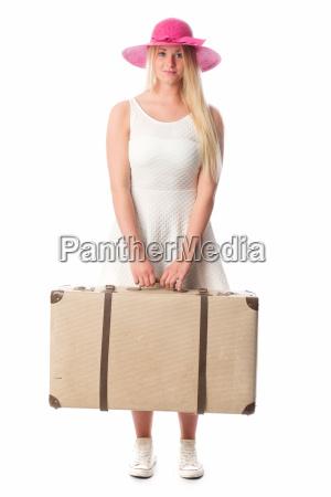 mädchen, mit, hut, trägt, einen, reisekoffer - 14303917