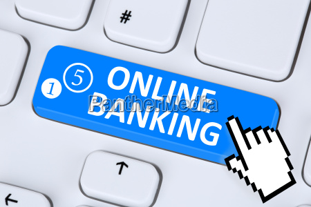 internet online banking ueberweisung am computer