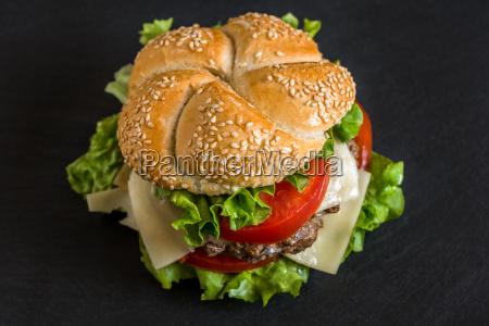 hamburger mit frischgemuese