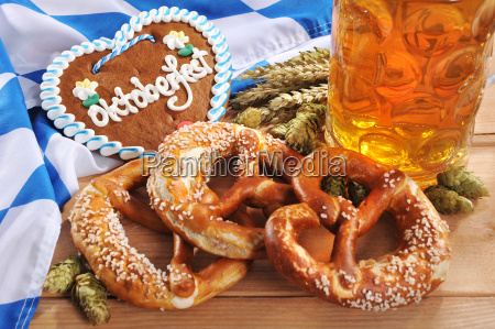 bavarian gingerbread heart with beer