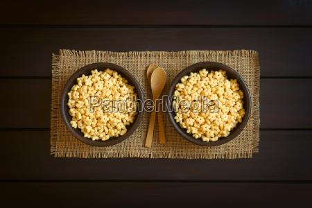 honey flavored breakfast cereal