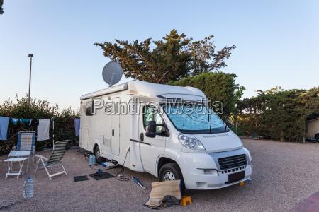 viaggio viaggiare allaperto campeggio roulotte caravan