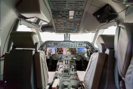 innenansicht, flugzeug, cockpit, g550, mit, steuerung - 14360231