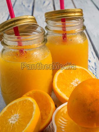 frische hausgemachter orangensaft